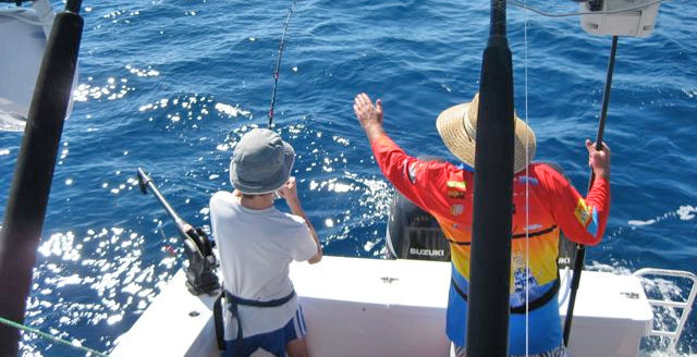 townsville hook up Townsville offshore: beginner's guide nicole penfold head out from townsville and you can a trout will brick you in a flash so a hard drag on hook-up is a.